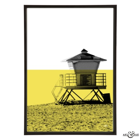 Minimal Beach Lifeguard Frame