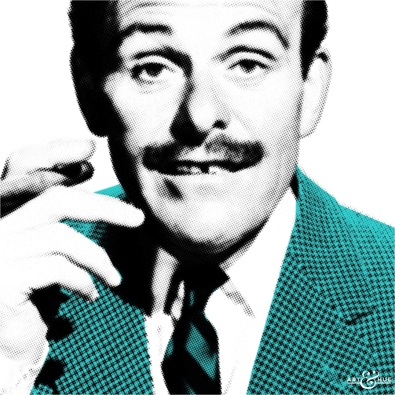 2_Terry-Thomas_Close