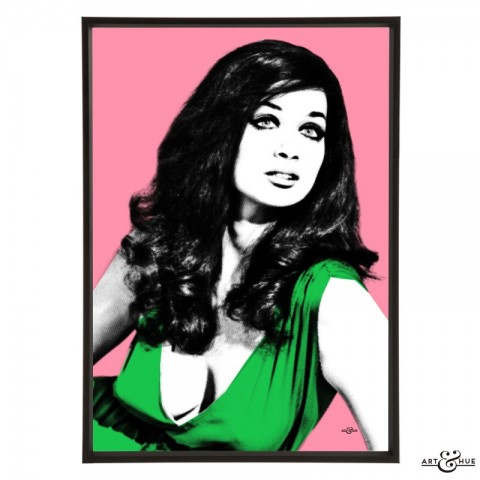 valerie_leon_emerald_thinkpink