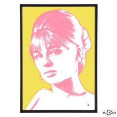 Julie_Christie_ThinkPink_Yellow