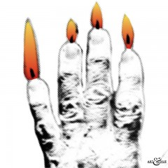 Hand_Candle_CloseUp