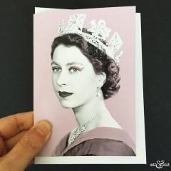 GREETING_CARD_Queen_Elizabeth_II_Lilac_Scale